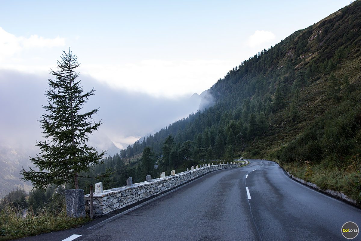 Supercar Driving Experience >> Grossglockner High Alpine Road - world's greatest driving roads - Colcorsa