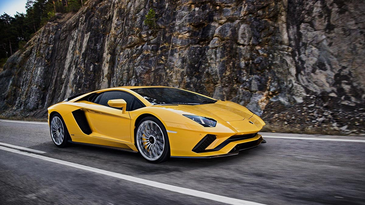Rent Lamborghini Aventador S Coupé for a test drive - Supercar Hire & Rental Europe