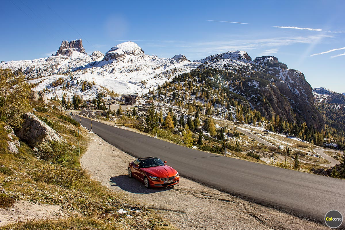 Drive through Dolomites - Luxury supercar driving holiday in Italy