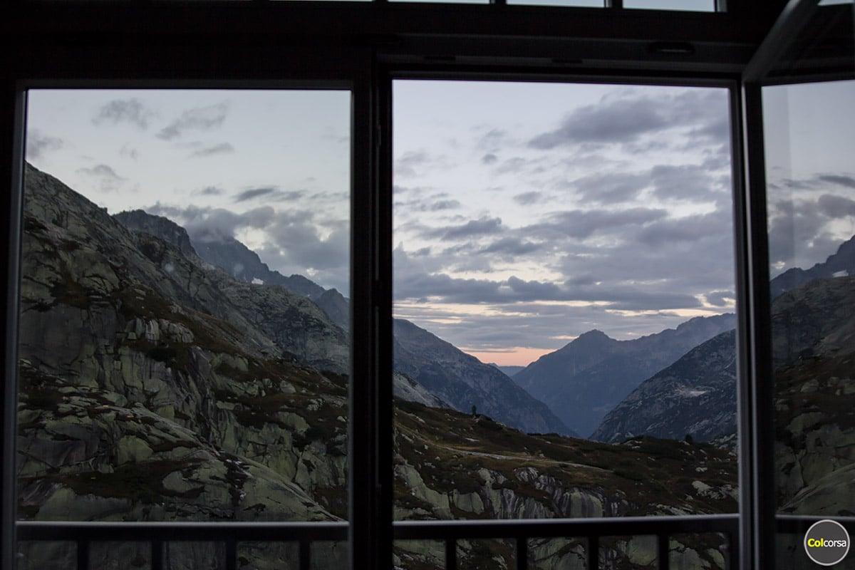 Hotel Grimsel Hospiz - room mountain view