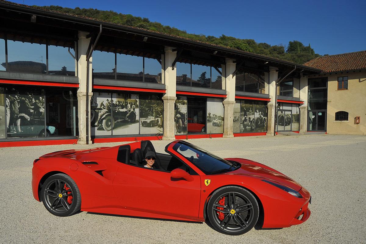 Ferrari Honeymoon Italy - Mille Miglia Museo Brescia - Ferrari 488 Spider