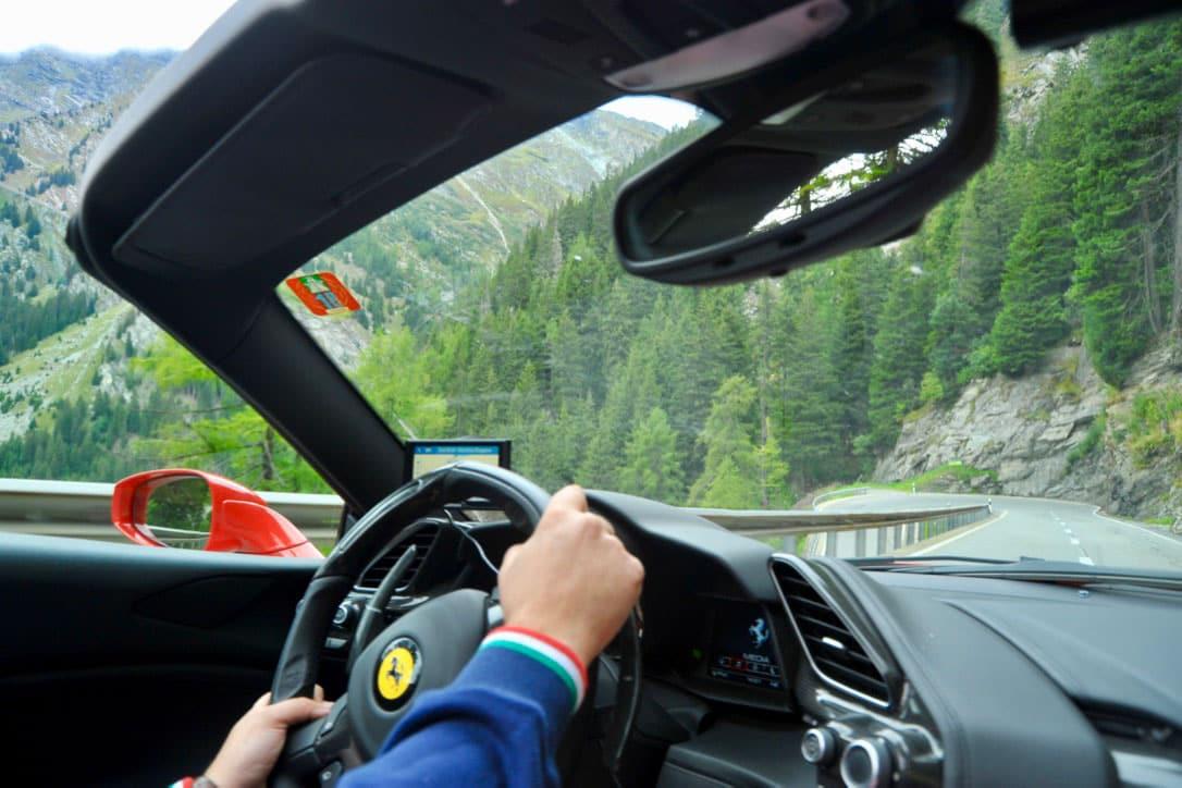 Ferrari Honeymoon Italy - Ferrari 488 Spider - Supercar Experience Alps