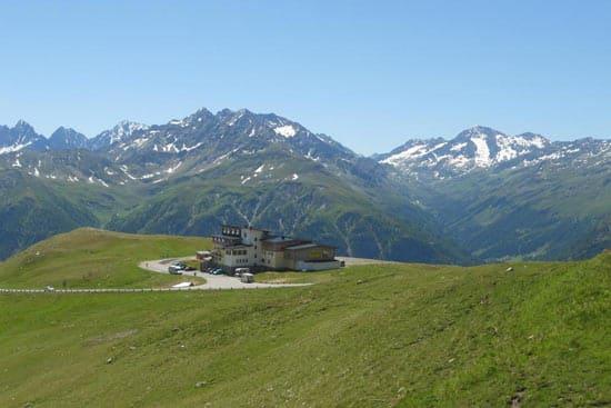 Berggasthof Wallackhaus - Grossglockner High Alpine Road