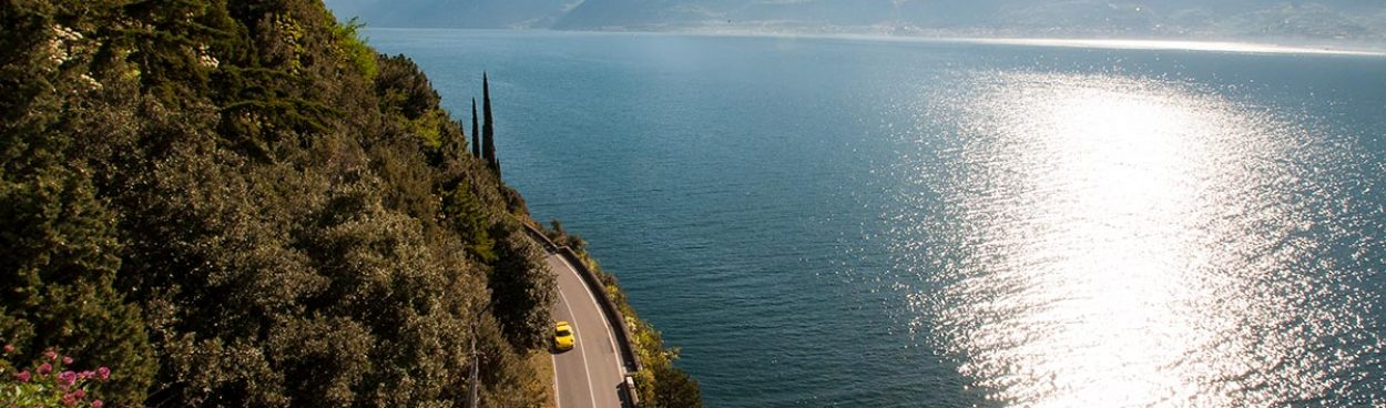 Luxury supercar driving holiday in Italy